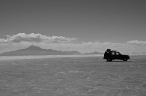 One of the many SUVs that traverses the salt flats.