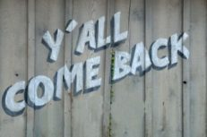 y-all-come-back-sign