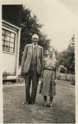 Julia (Mason) & John Alexander Hampton