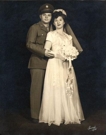 Sam Dikowitz, Sally Klein Dikowitz, 1945 (via Shari Berman Landes)