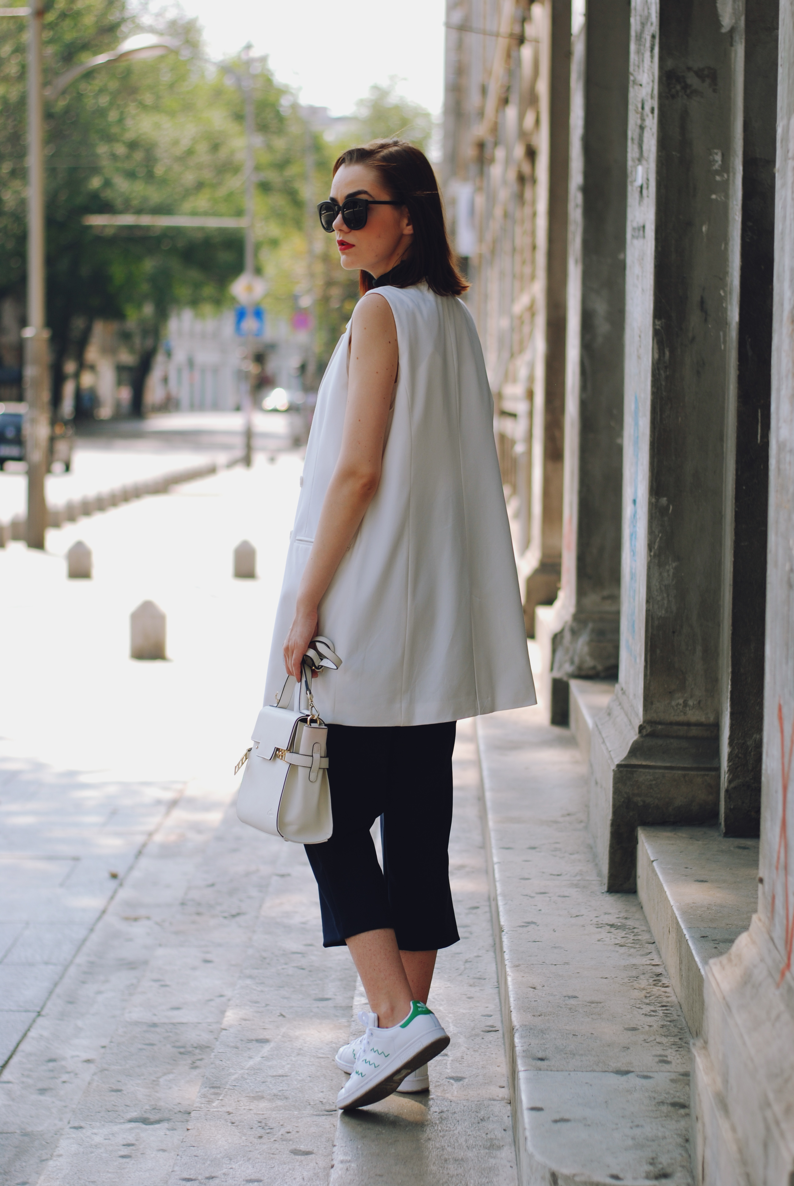 Navy Culottes Amp Skinny Scarf Effortless Outfit Couturezilla