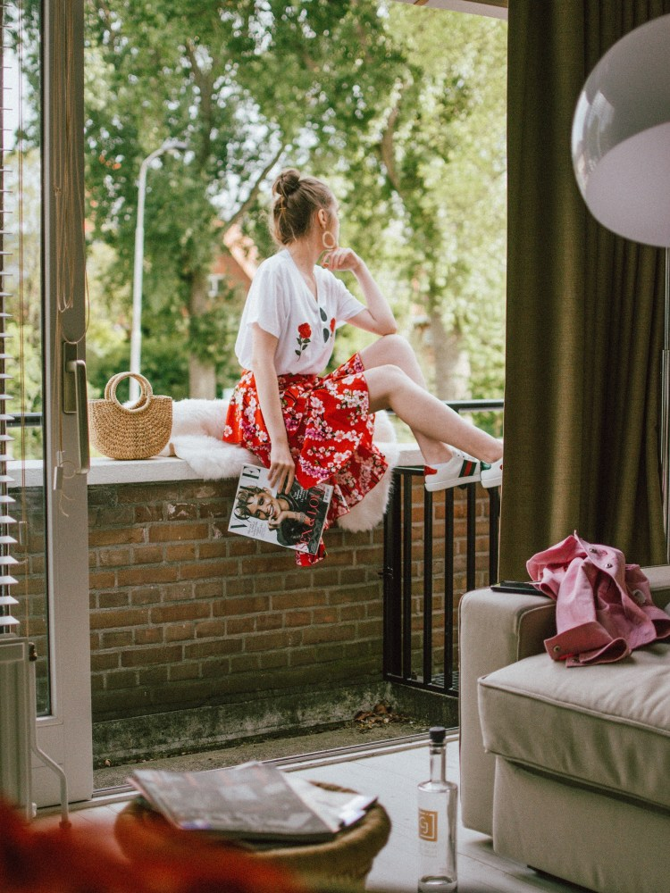 Hotel Casa Julia Delft, Netherlands, andreea birsan cute summer outfit 2018, couturezilla, travel diary, where to stay in delft, hotel review, where to stay in delft, holland, cities close to amsterdam, best hotels in holland, andreea birsan, couturezilla, travel diary 2018, hotels in the hague, four star hotels, the best hotels in the netherlands, junior suite, chic hotel, cozy and friendly staff, phone with free internet, wifi, comfortable room, vanity place, gluten free breakfast options, fresh flowers, travel diary, the best hotels, hotel review, hotel edit, what to do in the hague, the best hotel to stay at in the hague, breakfast, flower bouquet, midi floral skirt, red skirt, rose embroidered t-shirt, roses, white t-shirt, gucci ace heart embroidered sneakers, white small cat eye sunglasses, breakfast with fresh vegetables, croissants, cheese, omelette, best breakfast in deft, friendly staff at casa julia, the netherlands, garden, silent neighborhood hotel
