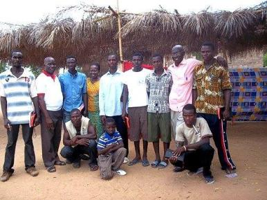 Group_picture_of_students_1
