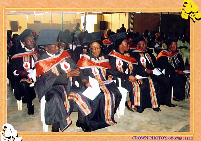 A cross section of the graduants