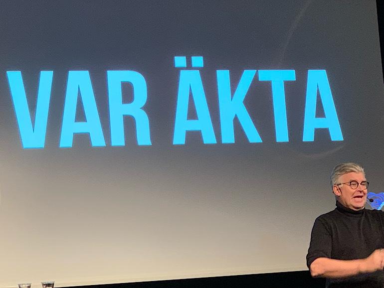 Var äkta, predikar Göran Adlén på bilden.