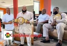 Ghana's most strongest Shaka Zulu presents title to Ibrahim Mahama