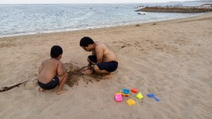 Building Castle at the beach