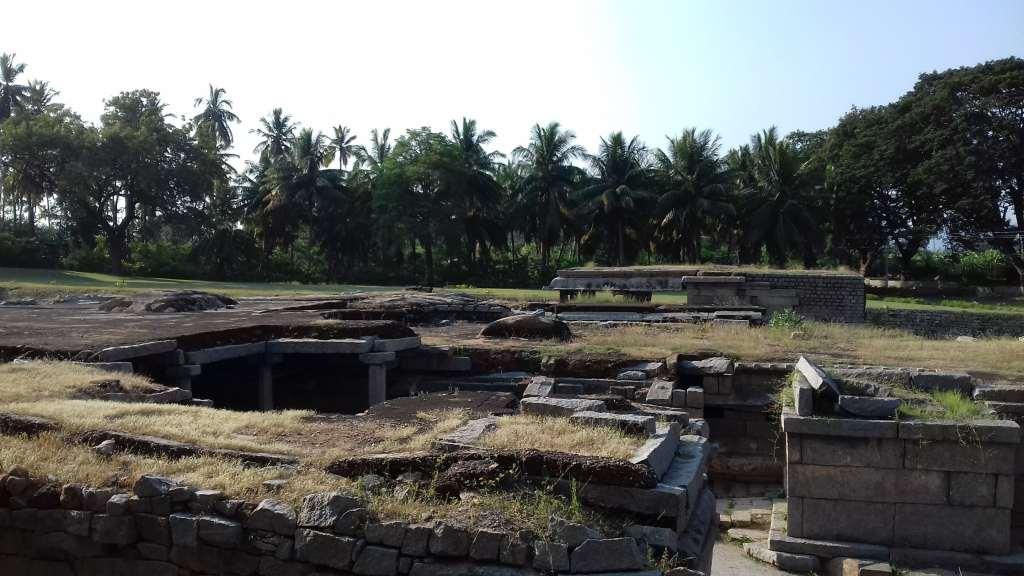 Underground Siva Temple, Hampi