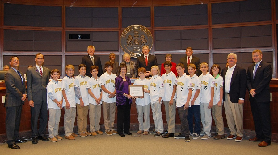 Fort Hunt Little League team at Board of Supervisors