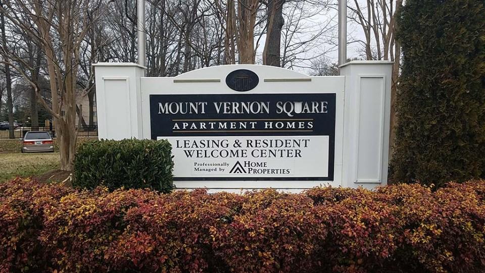 Mount Vernon Square sign
