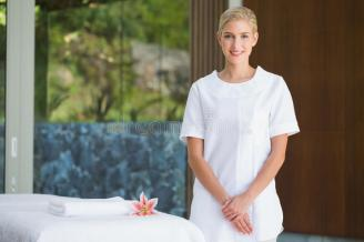 Spa-Therapist-Resume-No-Experience-Page-Image