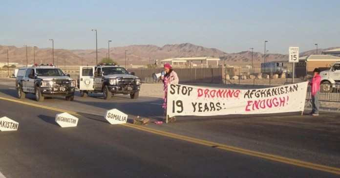 Peace Groups Blockade Creech Air Force Base to Protest 'Illegal and Inhumane Remote Killing' by US Drones | Common Dreams News