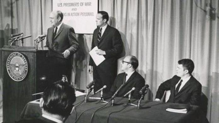 Melvin Laird fue el primero en publicitar la difícil situación de los prisioneros de guerra en Vietnam - Hartford Courant