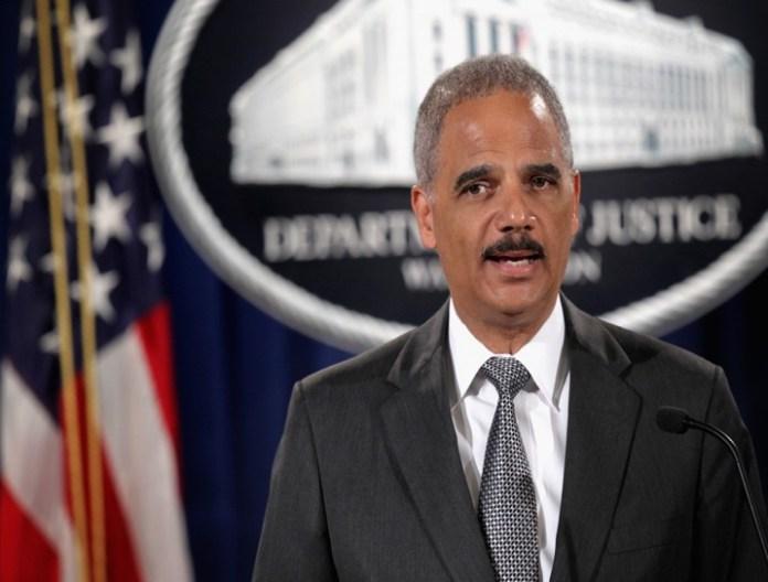 Eric Holder renuncia como fiscal general de Estados Unidos |  PBS NewsHour