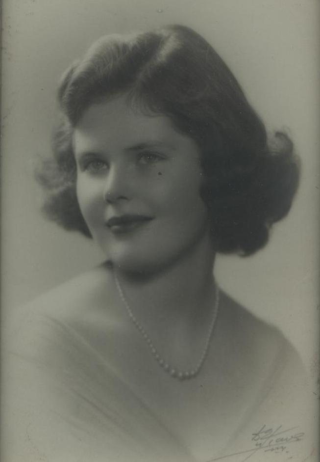 Grace E. Moffat