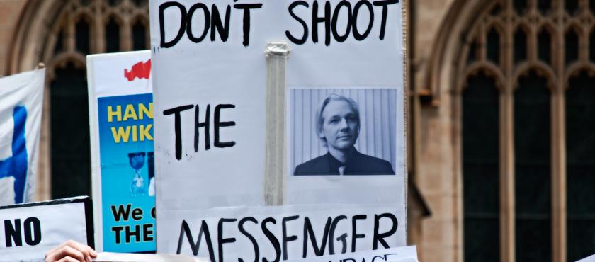 Secretos de Estado y Libertades Civiles: Caso Assange-Wikileaks – por Belén González