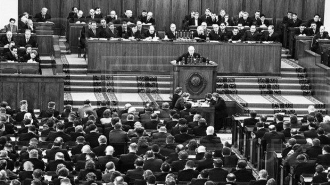 Reflexiones En Torno Al Centenario De La Revolución Rusa (X): Nikita Jrushov y su condena al stalinismo – Por Eloy Torres