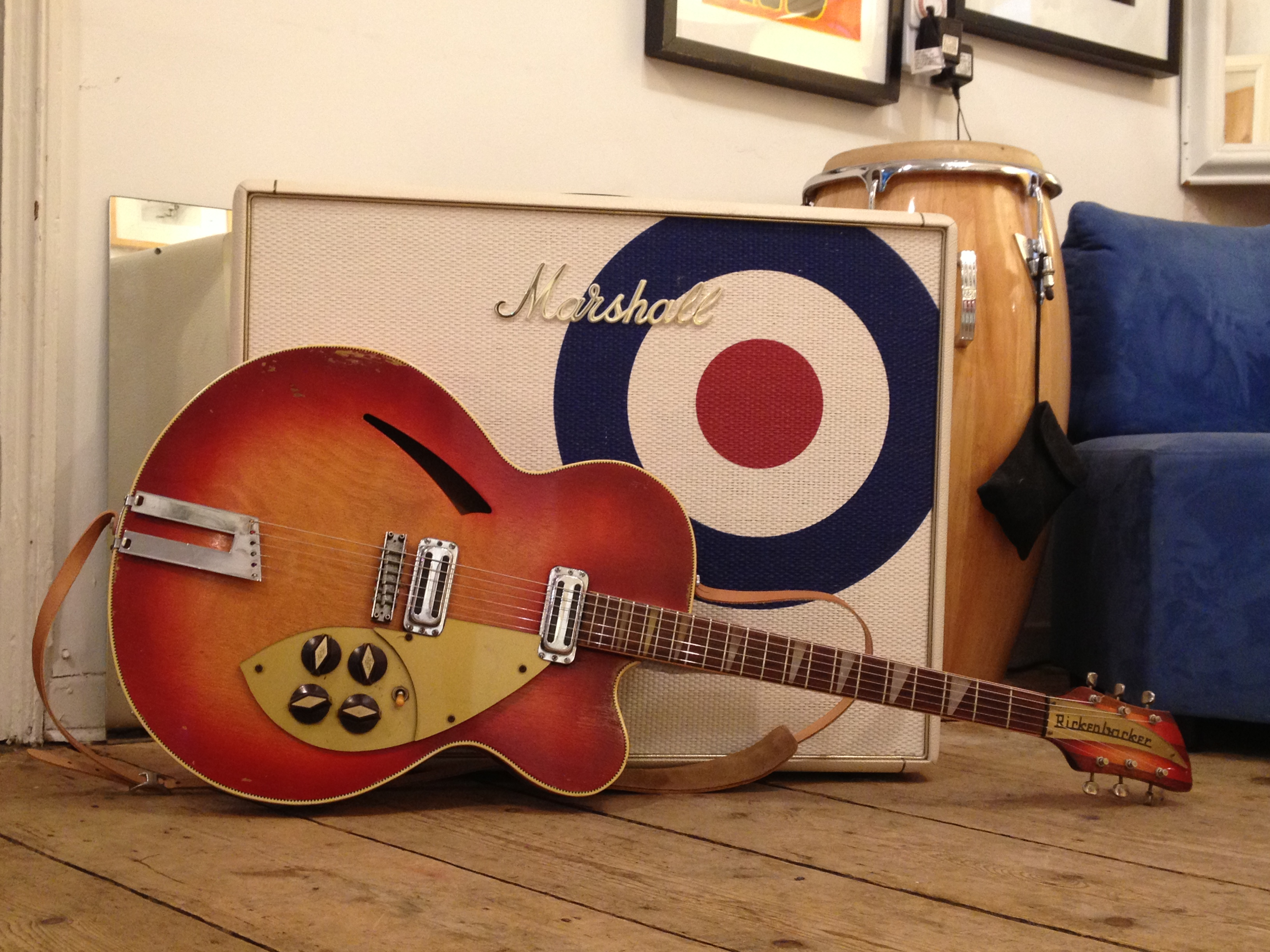 marshall paul weller lead & bass 50 watt limited edition #24/50<br>here is one of only 50 made marshall amps to celebrate paul weller 50th birthday...