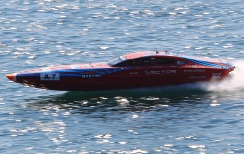 vector_martini_rosso