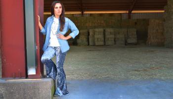 crushed velvet bells bell bottom bell bottoms Las Vegas fashion western fashion pant pants cowgirl magazine