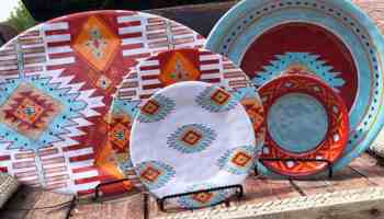 Southwest Dinner Plates To Spice Up Your Style Teskey's cowgirl magazine dishes