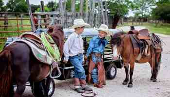 ranchin rigs Kristi bracewell photography cowgirl magazine