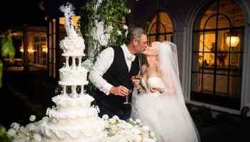 blake shelton gwen stefani wedding cowgirl magazine