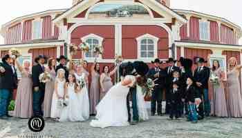 round barn wedding cowgirl magazine