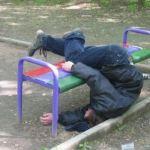 W Krakowie 26-latek okradał śpiących imprezowiczów