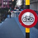 Uczysz dziecko jeździć na rowerze? Musisz to wiedzieć!