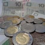 Emeryci i renciści zyskają na obniżce podatku