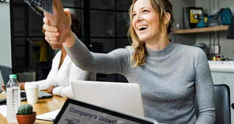 Como se autopromover e fazer seu negócio se destacar