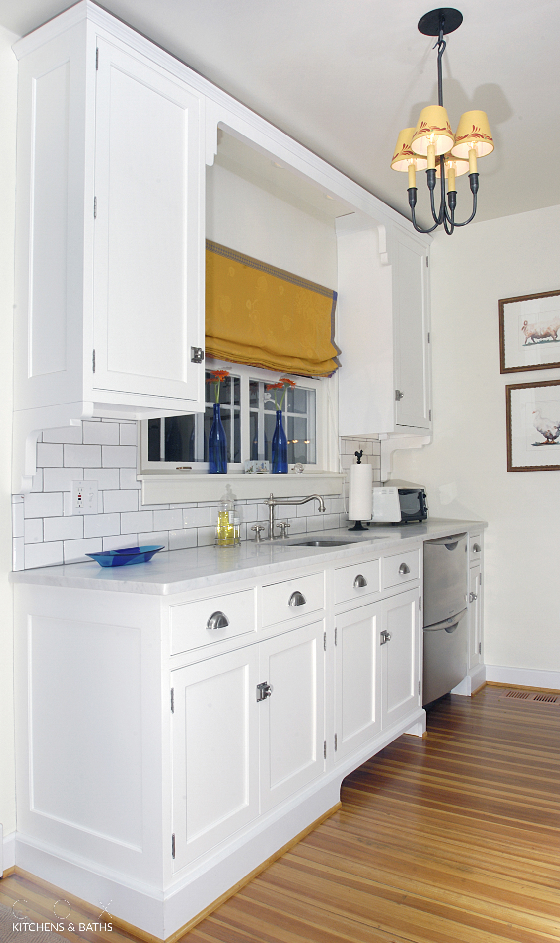 This Small But Super Functional Kitchen Creates A Huge Statement