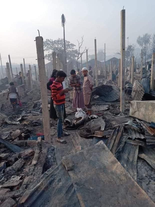 https://i1.wp.com/coxview.com/wp-content/uploads/2021/01/Fire-Rohingya-camp-Kamal-14-1-21.jpeg?resize=620%2C827
