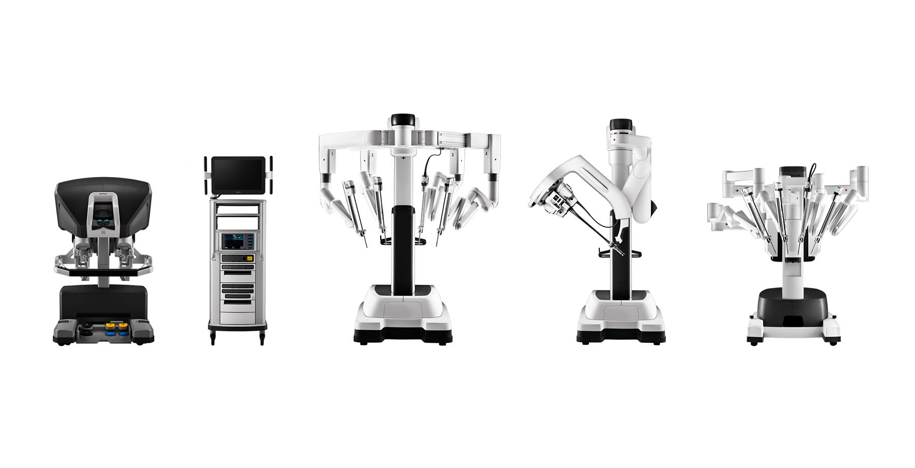 intuitive-da-vinci-gen4-surgical-systems-patient-carts-surgeon-console-vision-tower-lineup-1060868-hi-res