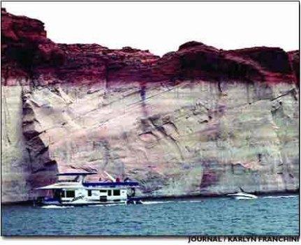 Low Lake Powell 2004