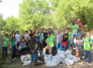 UCCS Clean the Stream Team at the 2015 Creek Week. Photo via the Fountain Creek Watershed, Flood Control and Greenway District.