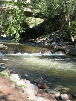 Boulder Creek. Photo credit: Susan from Alameda, CA, USA - CC BY 2.0, https://commons.wikimedia.org/w/index.php?curid=2536150