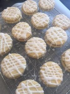 lemon kisses, lemon biscuits, lemon cookies, cozebakes, baking with lemons, lemons, recipes with lemons