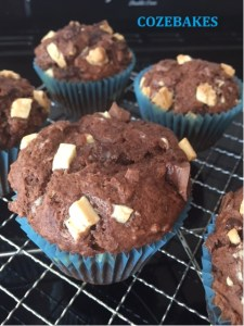 muffins, chocolate muffins, double chocolate muffins, cozebakes, perfect muffins