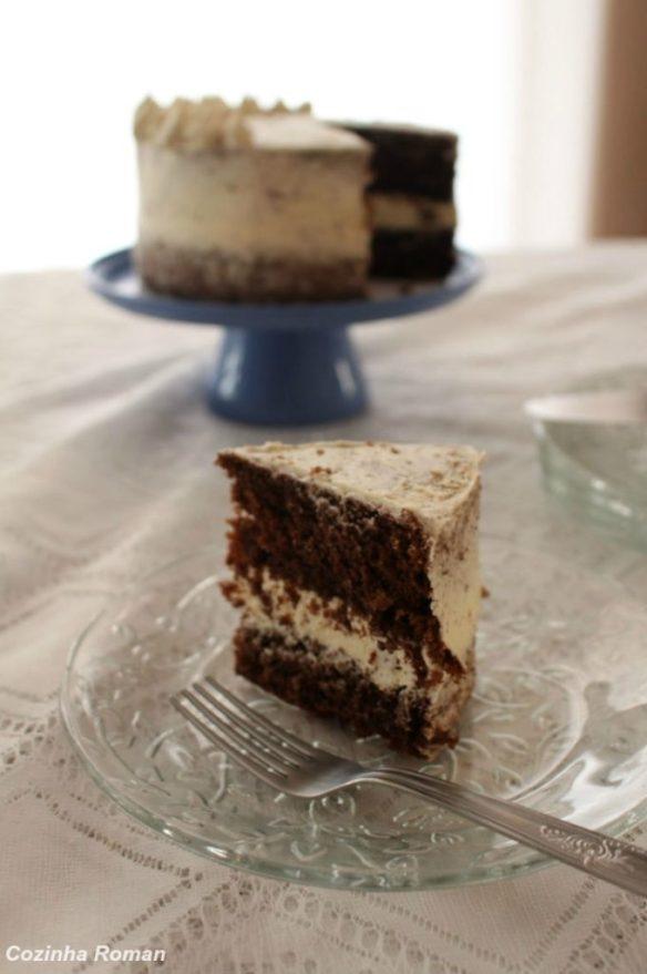 bolo com buttercream de chocolate branco