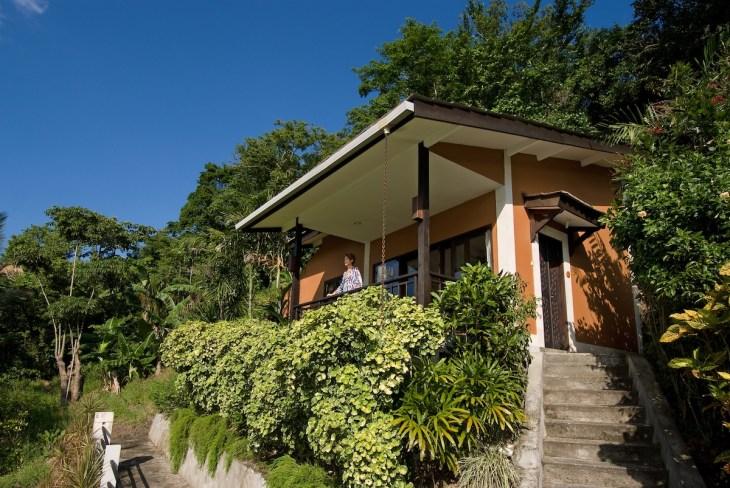 Modern Cliffside, exterior view