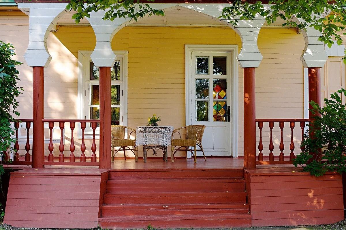 интересно, молодой красивая веранда с крыльцом частный дом фото впечатляющими формами