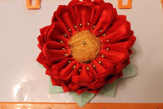 Lotus de la servetele