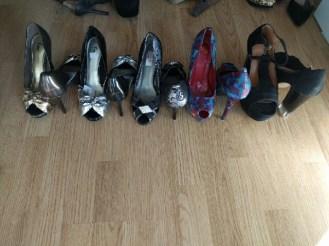 open toes pumps
