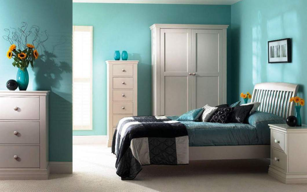 tiffany blue master bedroom | Okeviewdesign.co