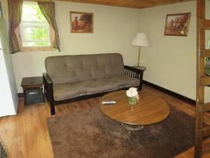 Adams County Cozy Hideaway Inside