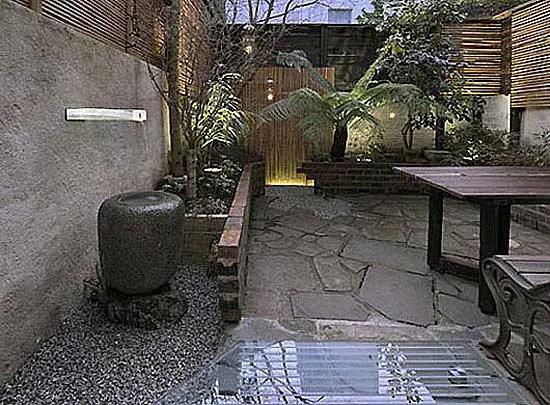 japanese garden design ideas for small spaces Japanese Landscape Design Ideas | CozyHouze.com