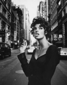 linda evangelista cigarette