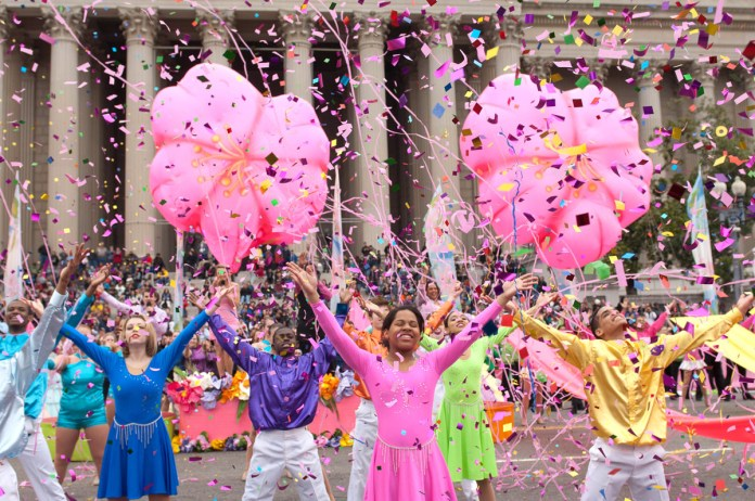Фестиваль Сакуры в Вашингтоне.